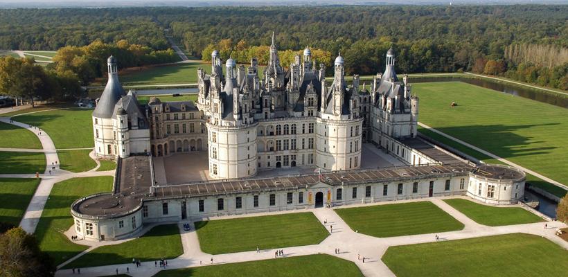 Val de Loire : Les idées de visites ne manquent pas en Val de Loire et ses trésors vous attendent le temps d'une journée, d'un week-end ou de vacances pour vous livrer leurs secrets.